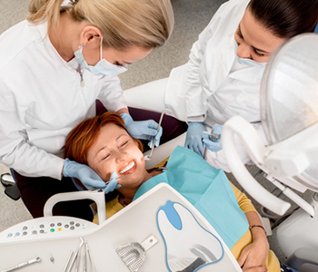 Damaged tooth Emergency Dental Care in Dolton IL area